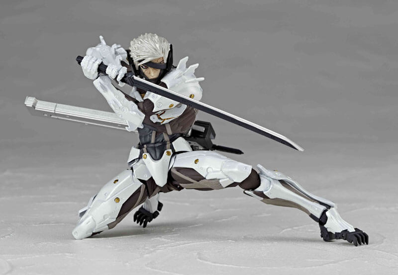 White Raiden figure