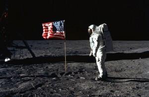 aldrin-flag-moon-landing